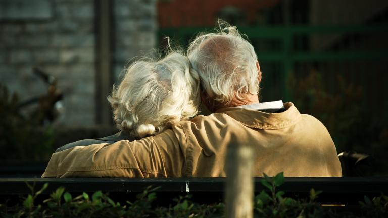 Безплатни профилактични прегледи за граждани в пенсионна възраст