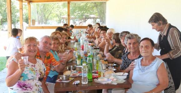 10 000 получиха пенсионерските клубове в навечерието на Деня на възрастните хора