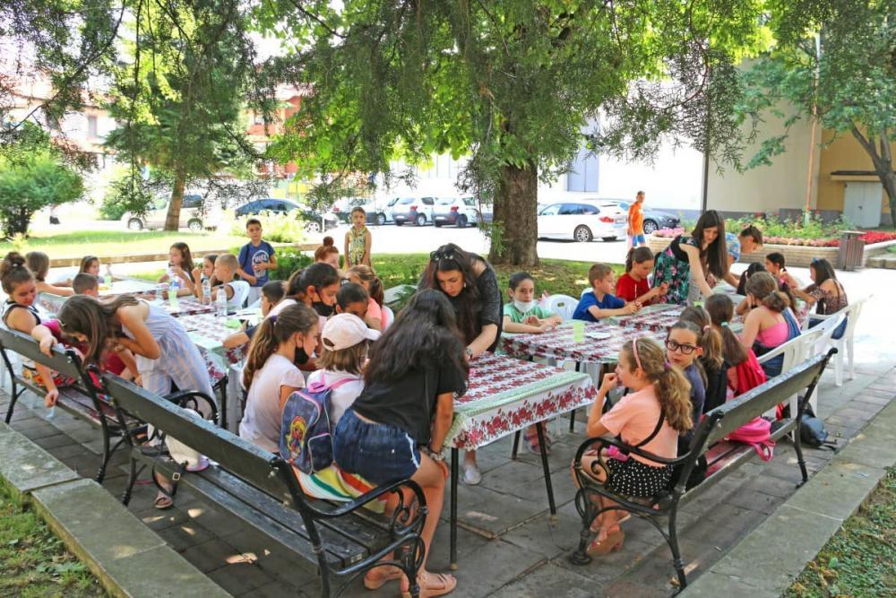 Вторият ден от инициативата на Община Ботевград- Весело лято, се проведе в Туристическия информационен център