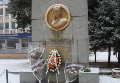"""Дружество на литературните творци """"Стамен Панчев"""" представя три книги по повод 139 г. от рождението на своя патрон"""